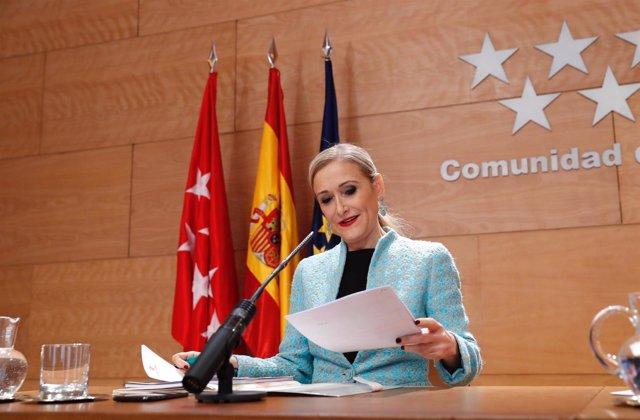 Notas, Fotos Y Audios (De Cristina Cifuentes) De La Rueda De Prensa Posterior Al