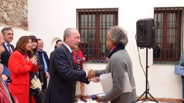 Alcalde malaga viviendas para mayores