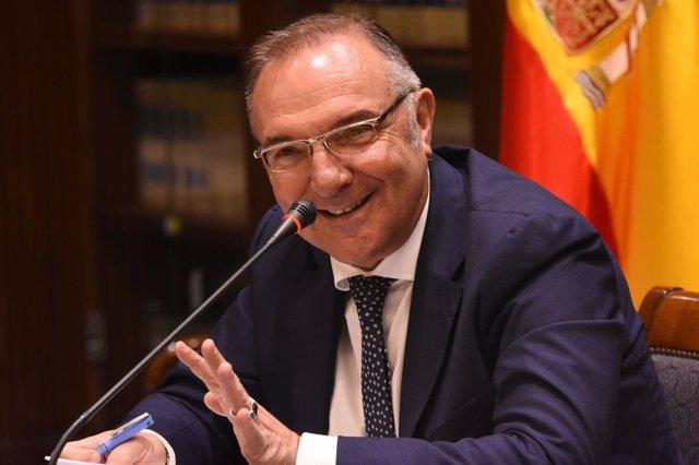 El consejero de Sanidad, José Manuel Baltar