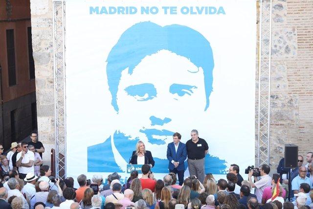 Homenaje a Miguel Ángel Blanco en la Plaza de la Villa de Madrid