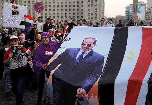 Simpatizantes del presidente egipcio, Abdelfatá al Sisi