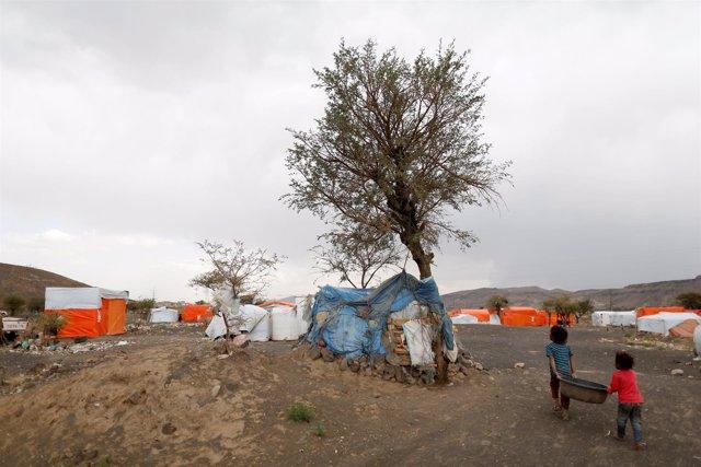 Desplazados internos cerca de Saná