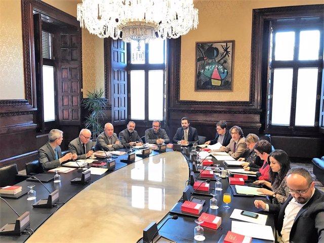 Mesa del Parlament en una reunión anterior