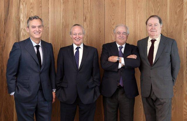 Alberto Terol, Josep Piqué, Daniel García-Pita y Carlos Martínez de Campos