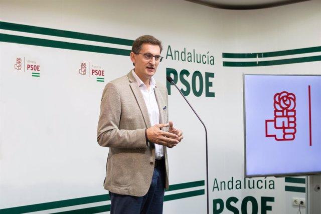 Sánchez Teruel (PSOE), en rueda de prensa