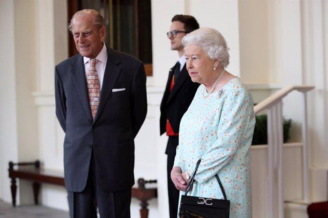 Isabel II y su marido, el príncipe Felipe