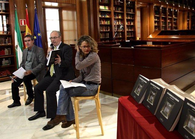 Presentación del libro 'Una Cámara en la Cámara'