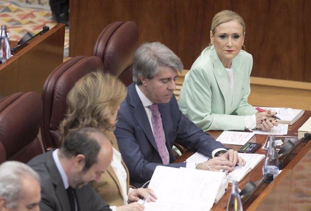La presidenta de la Comunidad de Madrid, Cristina Cifuentes, en la Asamblea