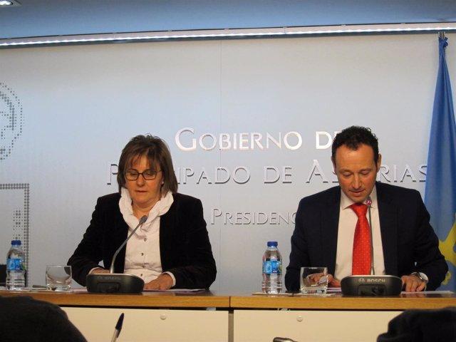 Los consejeros Pilar Varela y Guillermo Martínez