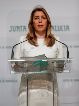 Susana Díaz en rueda de prensa en el Palacio de San Telmo