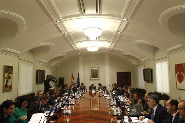 Santamaría preside la reunión de la Comisión General de Secretarios de Estado