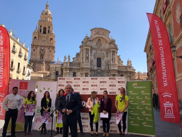 Presentación de la III Carrera de la Mujer de Murcia