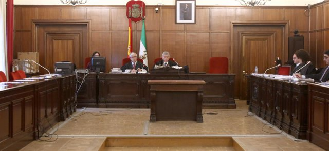 La sala de vistas antes del juicio