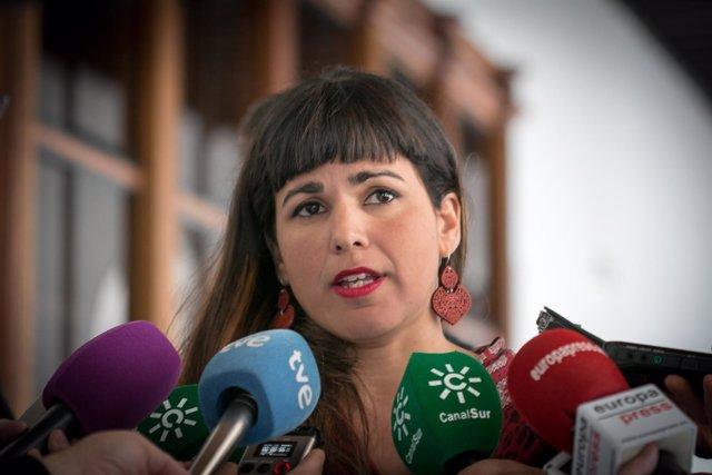 Teresa Rodríguez, líder de Podemos Andalucía, ante los periodistas