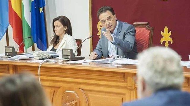 Pepe Ortiz alcalde Torremolinos, el PP presenta querella por prevaricación pleno