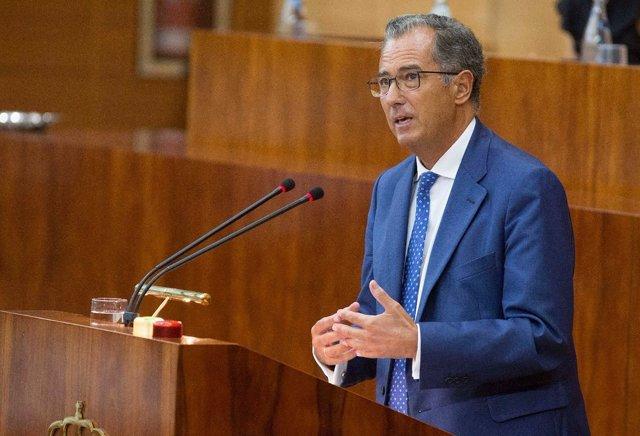 Enrique Ossorio en el Pleno de la Asamblea sobre el máster de Cifuentes