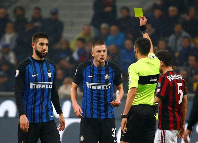Inter de Milán y AC Milan en un partido de la Serie A