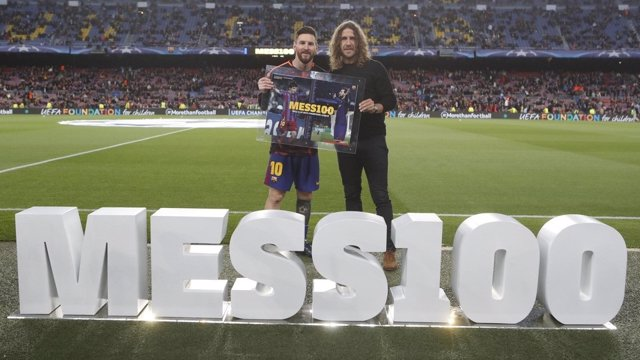 Puyol lidera el homenaje a Messi por sus 100 goles en 'Champions'