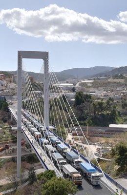 Prueba de carga en el puente de Alcoy