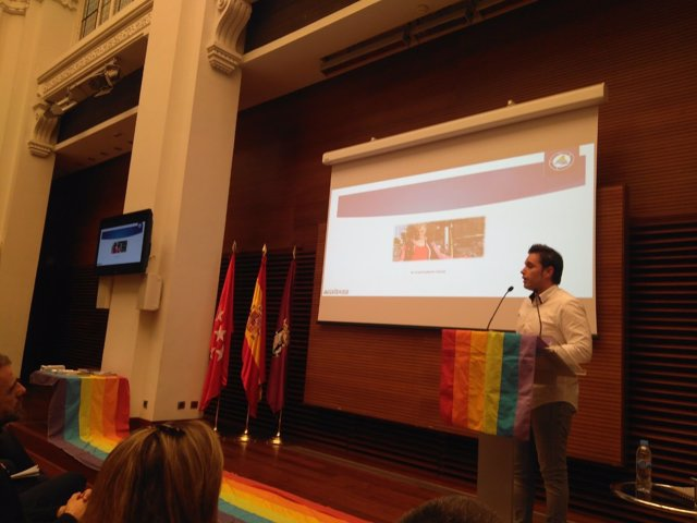 Presentación del 'Informe de incidentes de odio por LGTBfobia'