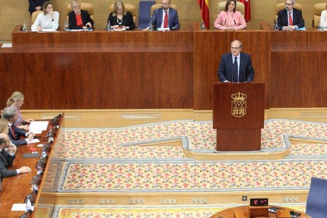 Gabilondo durante el Pleno de la Asamblea sobre el máster de Cifuentes