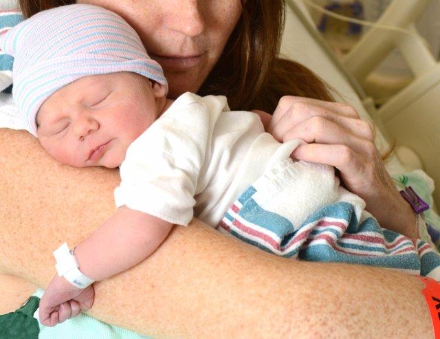 Qué riesgo entrañana para el bebé prematuro la apnea