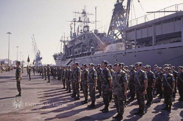 Primer embarque de militares españoles a Bosnia