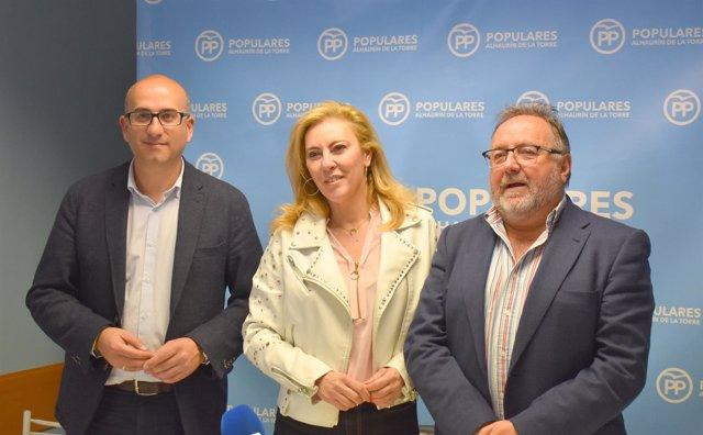 Carolina España PP Málaga Diputada Con Alcalde Alhaurín Joaquín Villanova Y Lop