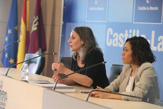 Araceli Martínez en rueda de prensa
