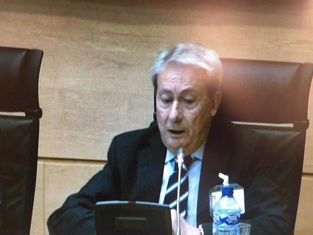 Valladolid.- Santiago Ruiz durante su comparecencia