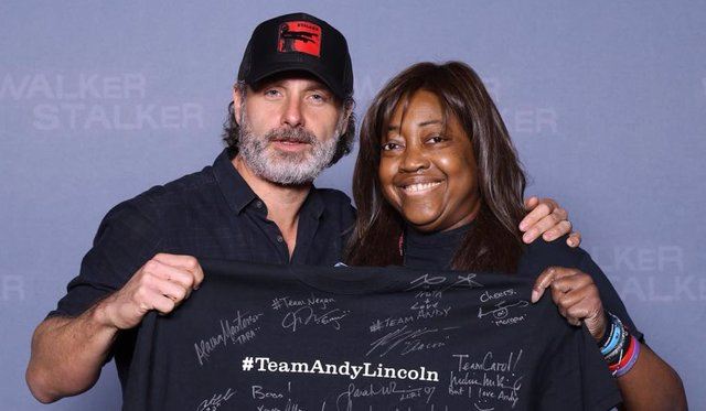 Andrew Lincoln y Lisa Williams
