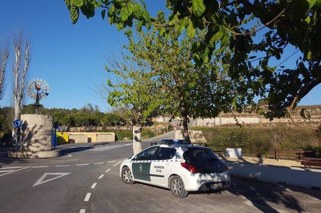 LA Guardai Civil esclarece estafas en uan operación en Moraira