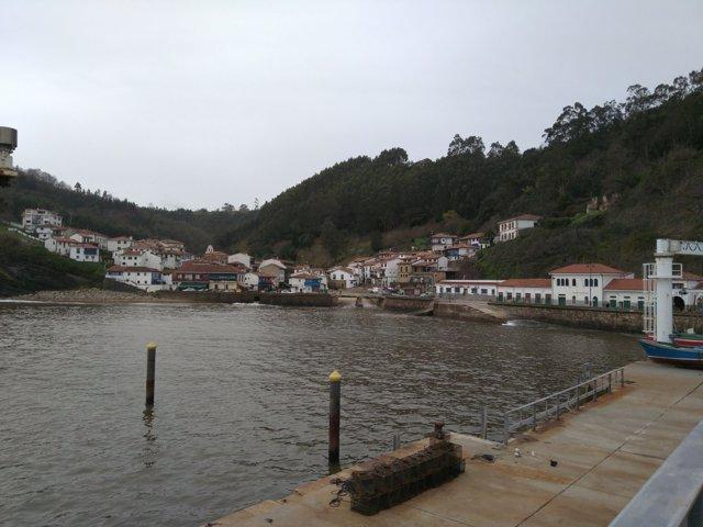 Tazones, pesca, pescar, barco, pescador, puerto, mar cantábrico, turismo rural