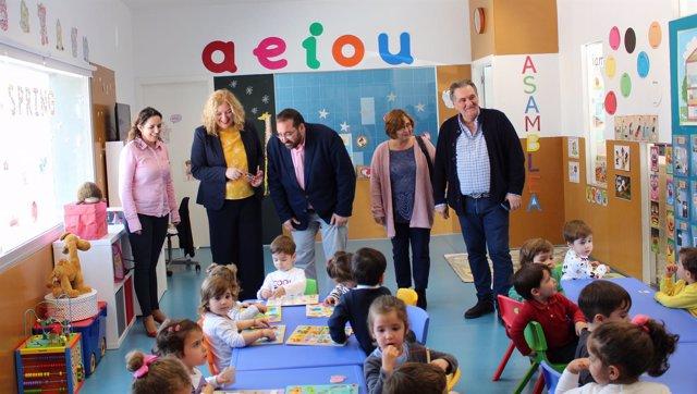 Inauguración de la escuela 'Rosa López Cervantes'