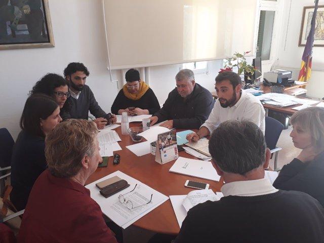 Joan Font se reúne con los portavoces de los grupos del Consell