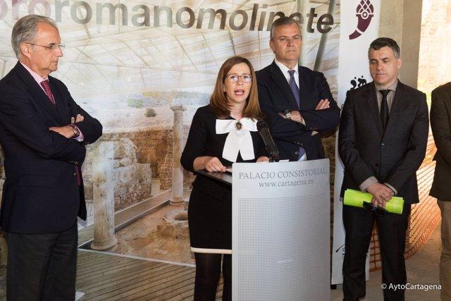 ALCALDESA EN LA Presentación proyecto museográfico del Foro Romano