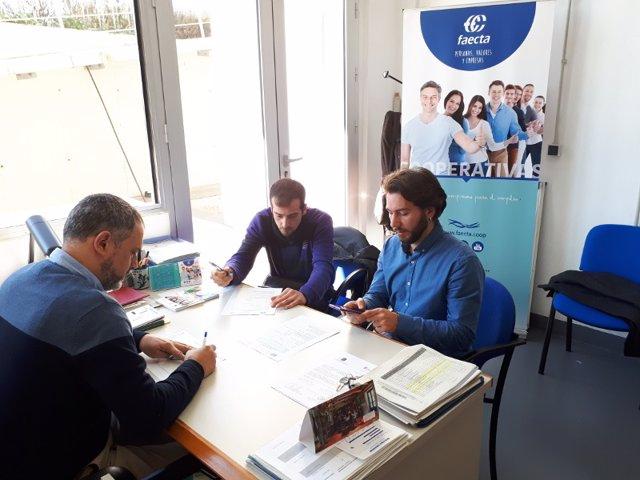 Faecta se reúne con emprendedores.