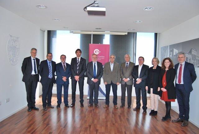 El alcalde de Terrassa con empresarios de la Cámara de Comercio