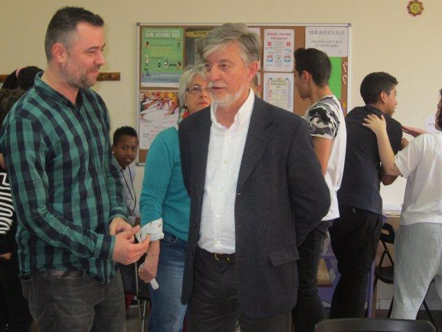 El alcalde visita el proyecto Sur Joven en Valdespartera