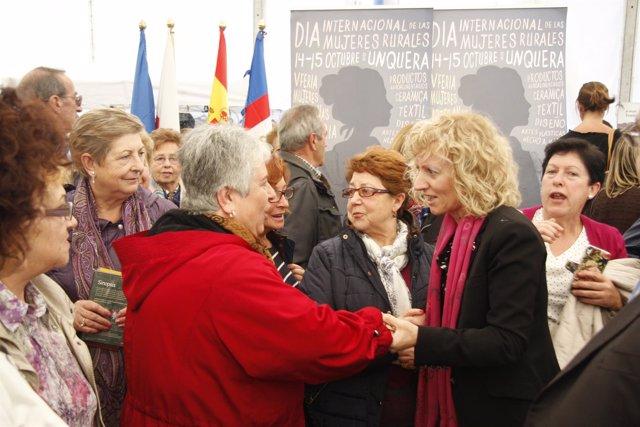 Díaz Tezanos con mujeres