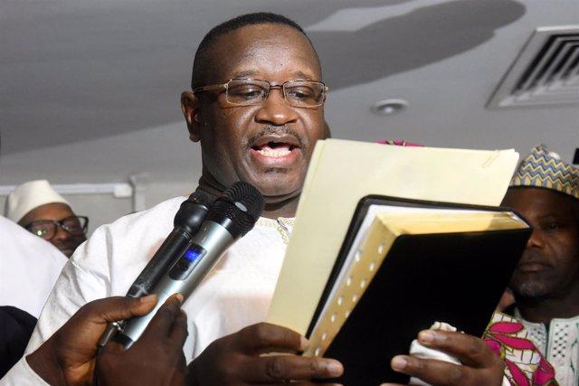 Julius Maada Bio toma posesión como presidente de Sierra Leona