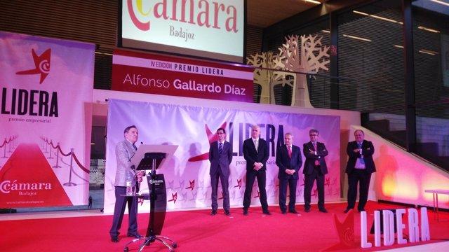 Alfonso Gallardo recibe el IV Premio Lidera