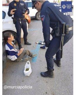 Imagen del individuo detenido por la Policía Local