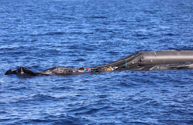 Embarcación hundida en el Mediterráneo frente a Libia