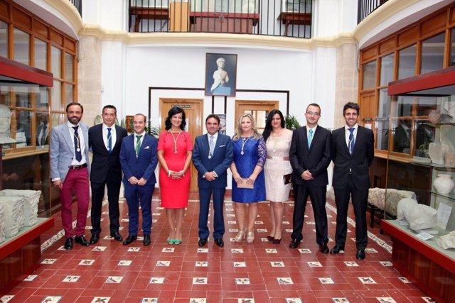 El alcalde de Porcuna, Miguel Moreno, y el resto del pleno del Ayuntamiento