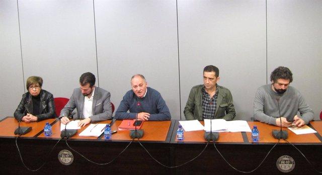 De izq a dcha Podemos, PSOE, UGT, CCOO e IU