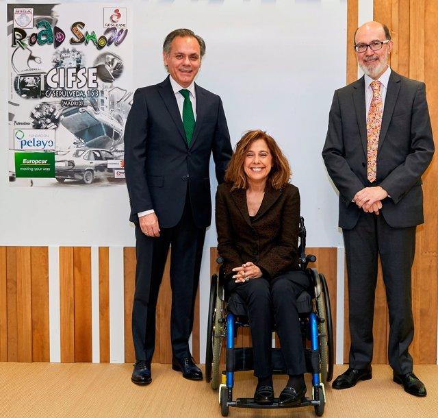 J. María González, J. Boada y Mar Cogollos