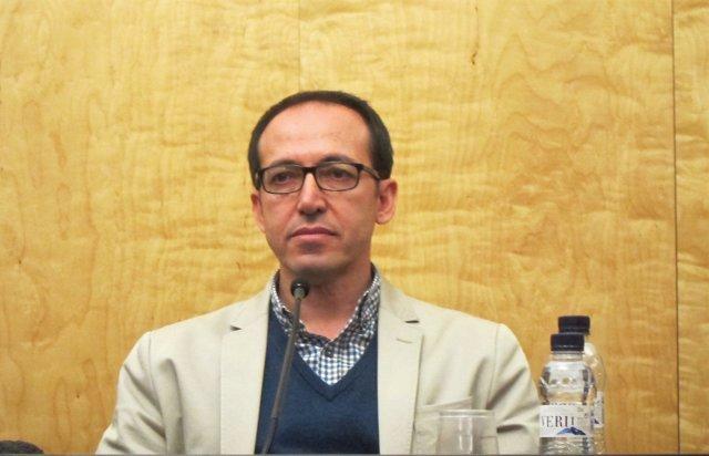 L'escriptor turc Burhan Sönmez
