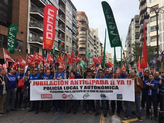Concentración de Policía Local en València