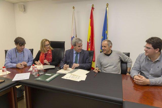 Firma del acuerdo recuperación derechos sindicales de funcionarios del Gobierno